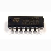 L293D  Cодержит сразу два драйвера для управления...